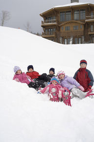 23497931-L1-kids_snowshoeing_at_stowe_mountain_lodge